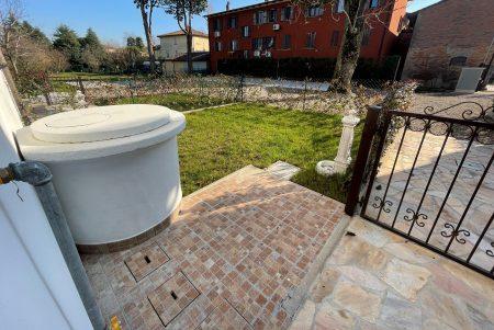 Castenaso Fiesso Trilocale con giardino privato
