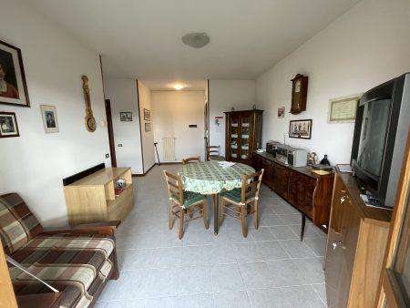 Castenaso zona Stellina appartamento ultimo piano servito da ascensore